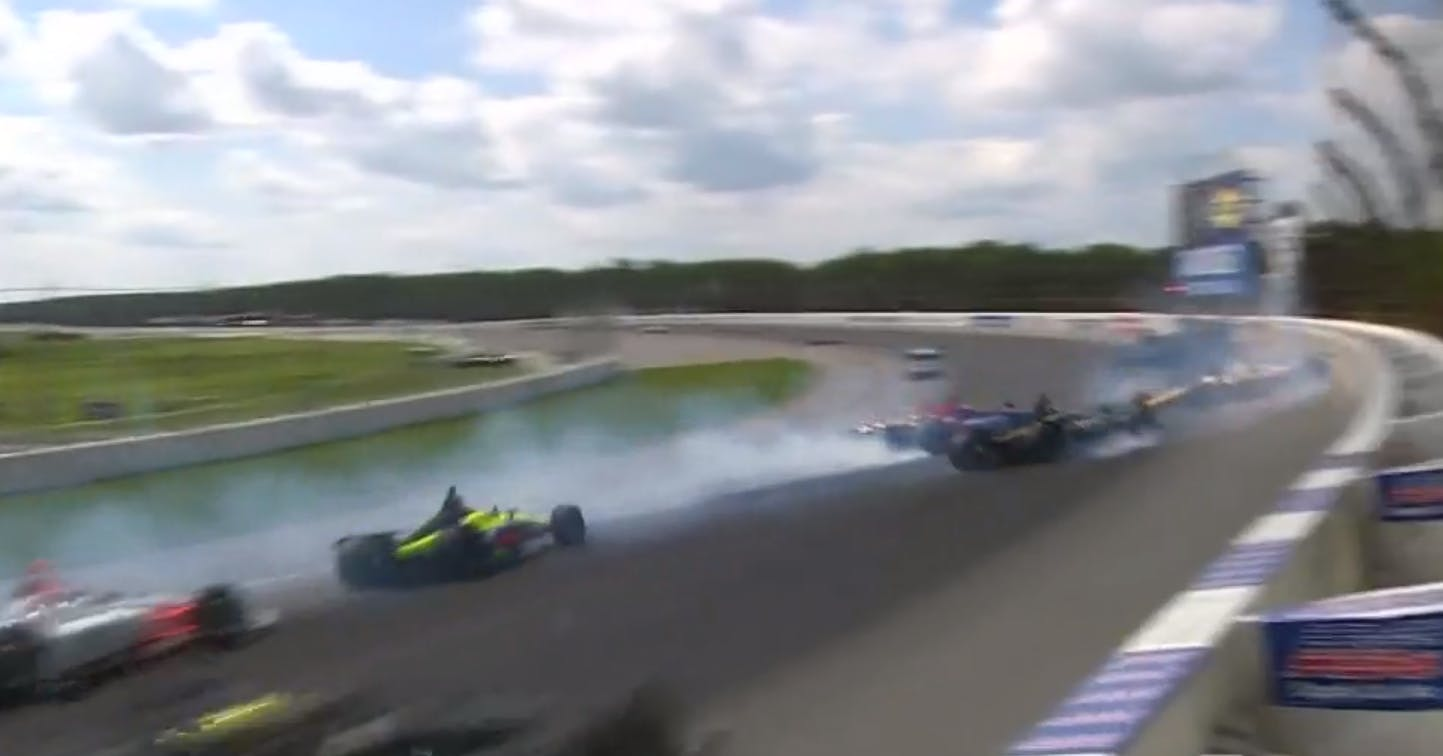 Flinke crash in openingsbocht IndyCar