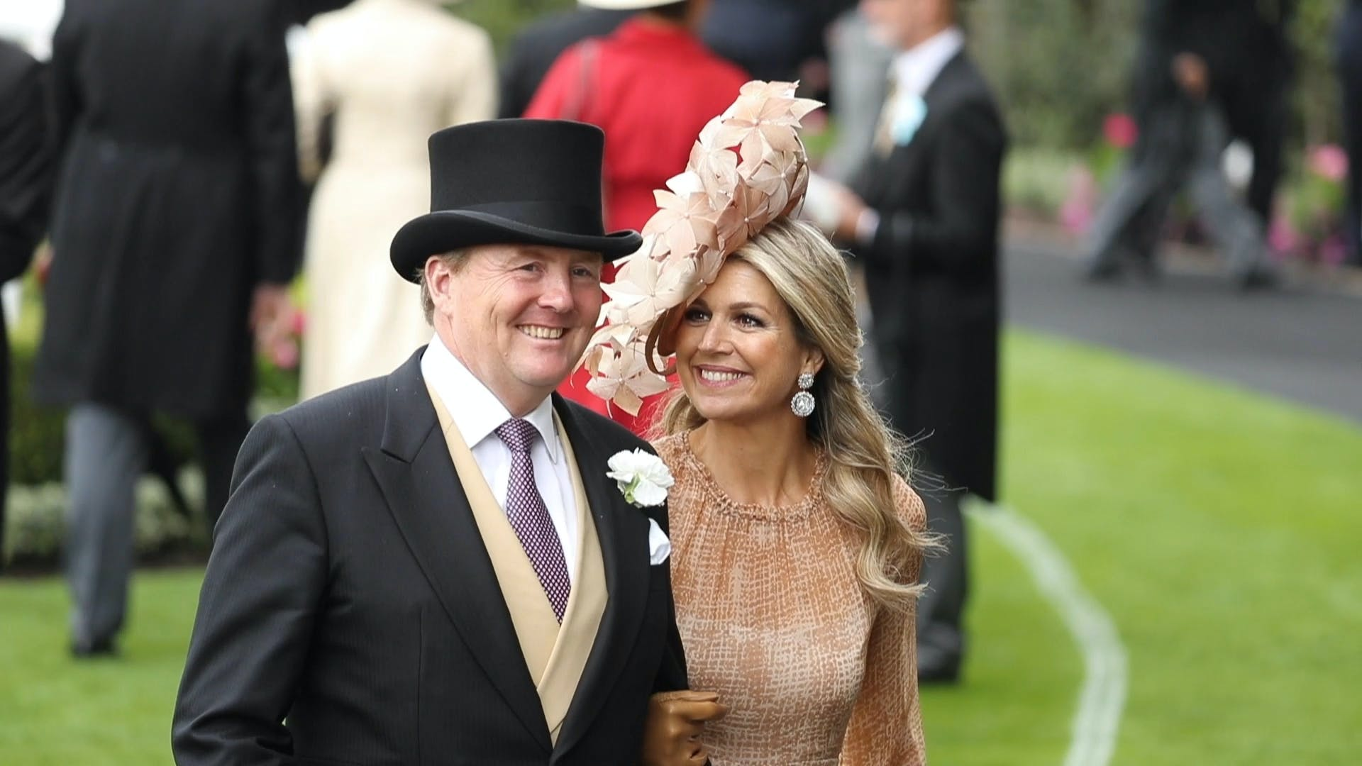Willem-Alexander en Máxima in koets naar Royal Ascot